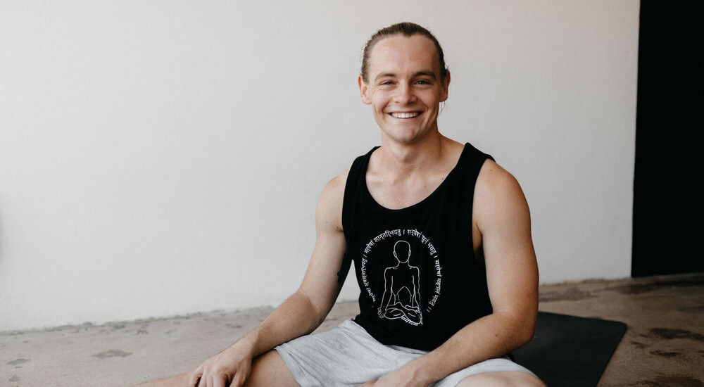 Oliver Crossley - Yogic Physio